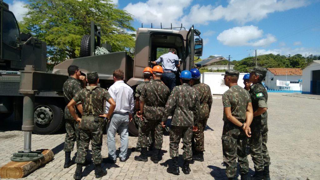 IMG 20170811 WA0055 1024x576 - IMAP realiza entrega de Guindastes IMK 70.5 ao Exército