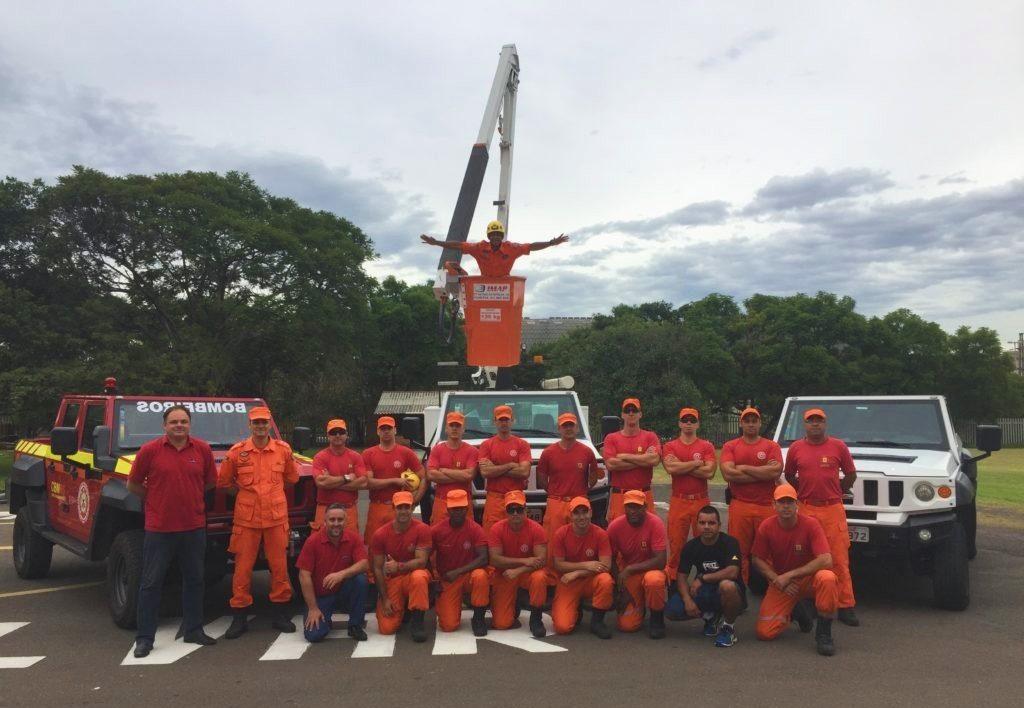 bombeiros cesta aerea e1516988411598 1 1 1024x708 - Dia do Bombeiro Brasileiro