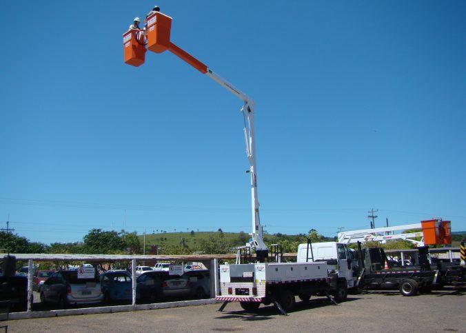 Cesta Aérea IMAP 676x483 - G-Lux Soluções em Engenharia: segurança e produtividade em projetos elétricos