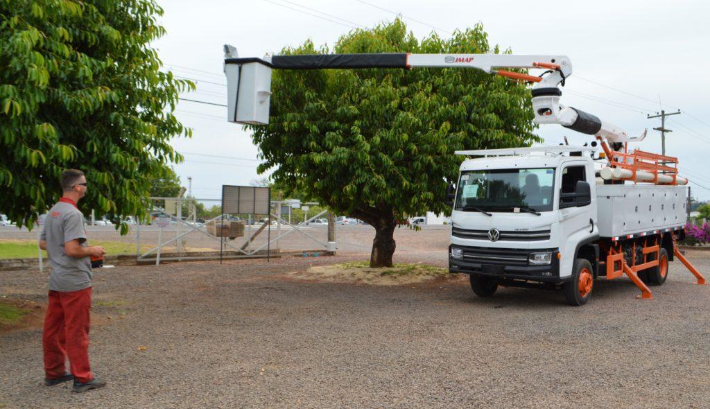 Other Side 3 1024x590 - [Case de sucesso] Podas de árvores na manutenção dos municípios
