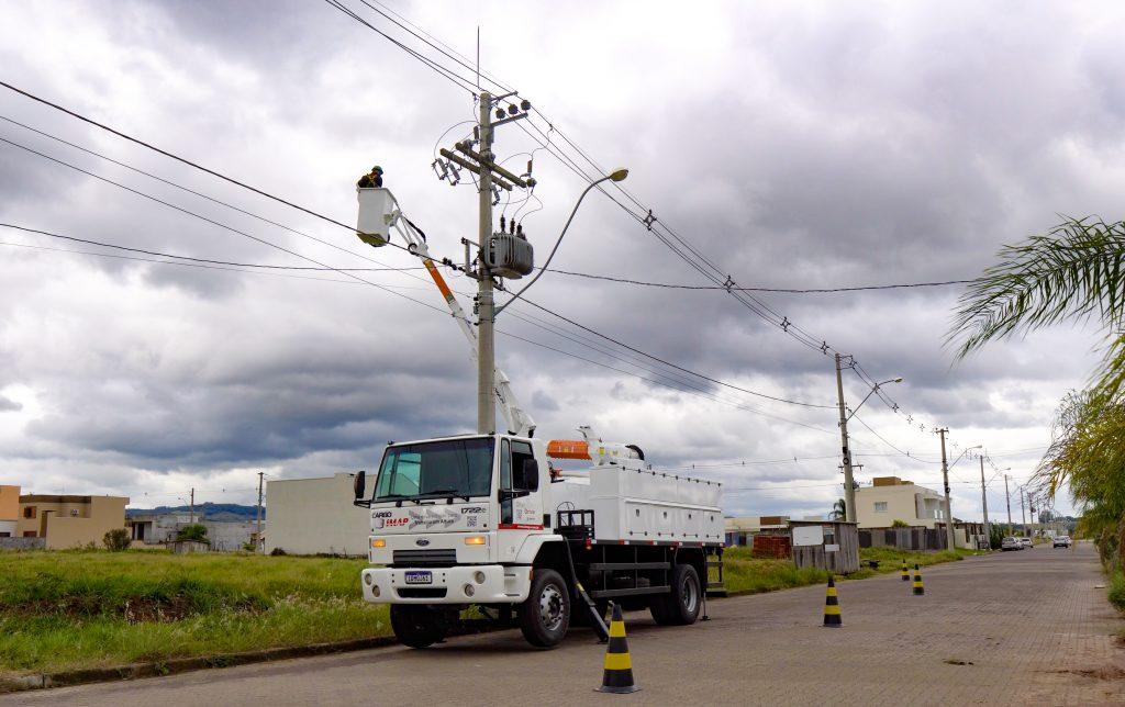Foto em Alta MFP Novo Other side Dom 25Maio20 74 1024x644 - Manutenção em redes de energia com Cestas Aéreas